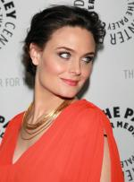 Emily Deschanel at event of Bones